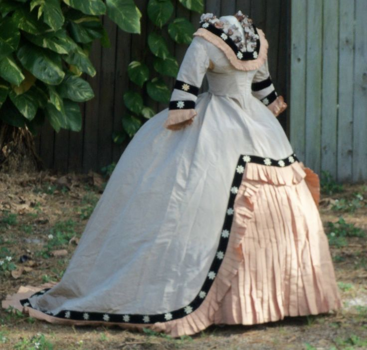 1860's Stunning Dress