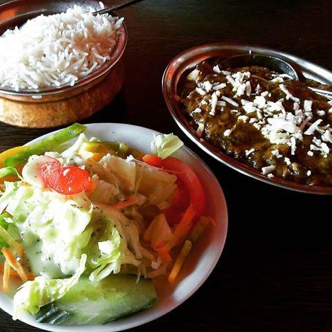 #vegetarisch  #tagesmenü #amma #indisch #singapur #restaurant #reis #salat #spinat mit #rahmkäse #hausgemacht #lecker #lekkereten #berlin #essengehen #foodpics #instafood
