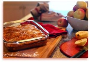 9 Health Benefits of Apples & Grain-Free Apple Puff Pancakes