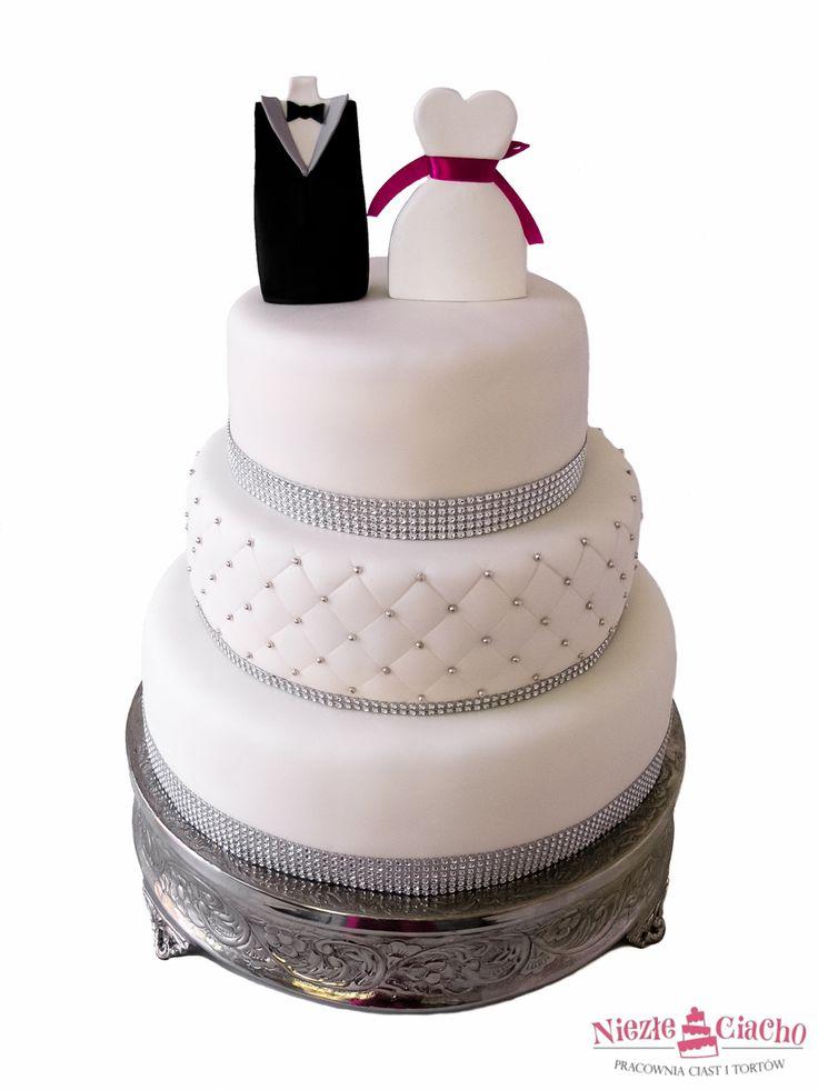 Biały tort weselny z figurkami, państwo młodzi, młoda para na torcie, piętrowy tort weselny, wesele, Tarnów