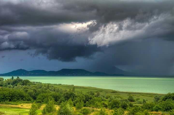 Esőben a Badacsony