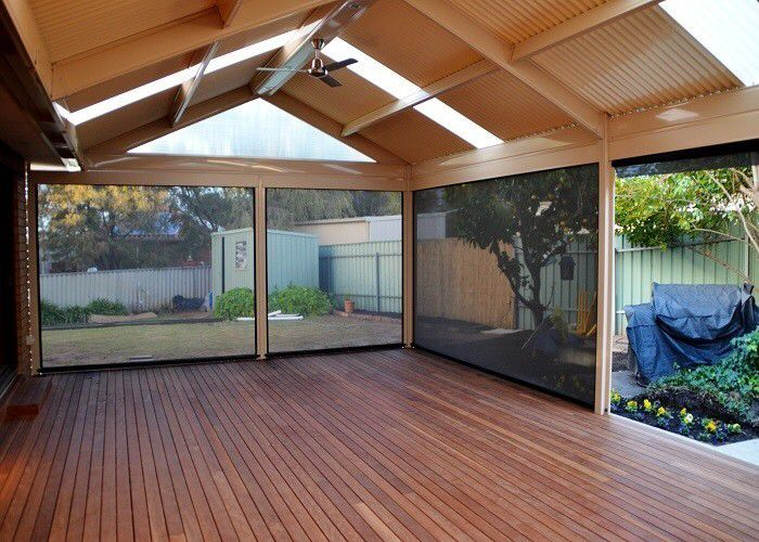 Image from http://media.truelocal.com.au/5/2/5D114E6B-24C6-49B6-A618-47D3EB3CEAB2/dmv-pergolas-and-patios-seaton-outdoor-home-improvement-pergola-designs-adelaide-sa-db6b-938x704.jpg.