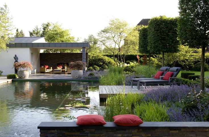 Zwemvijver van Florijk - Voorbeelden - hovenier, hoveniers, hoveniersbedrijf, Brabant, Gelderland, klassiek, modern, landelijk, zakelijk, mediterraan, tuin, tuinen