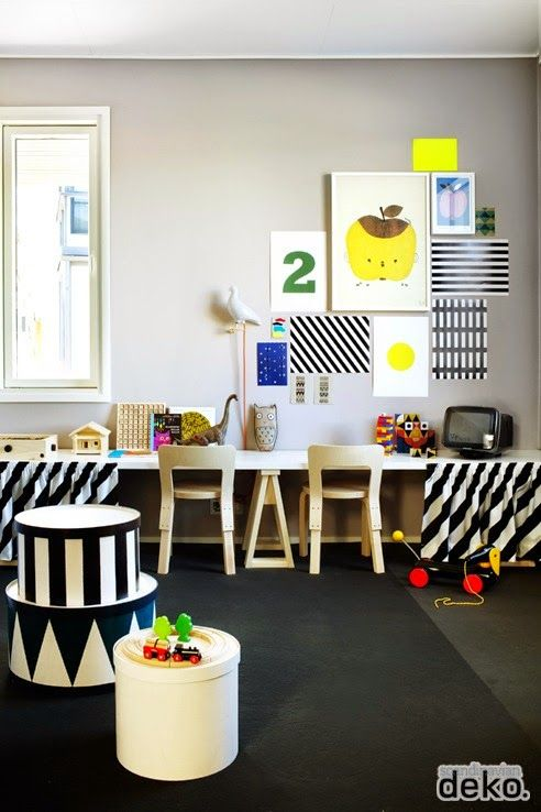 the boo and the boy: kids' desk