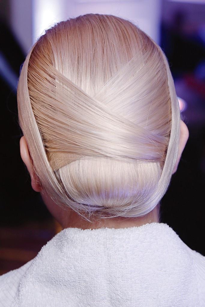 Beauty at New York Fashion Week: Tuck and Roll (Jason Wu), stunning