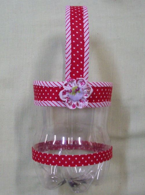 Cesta  feito de garrafa pet: Garrafa Pet, Easter Idea, Botella De, Con Botella, Crafts Idea, Pet Bottle Crafts Baskets, Idea Para, De Pet, Botella Plastica