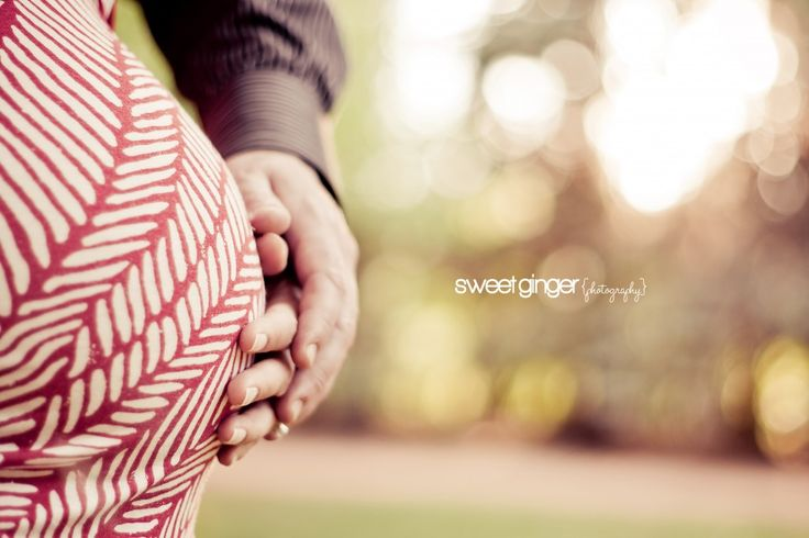 Outdoor Maternity Session ~ Calgary_Maternity_Photographer | Sweet Ginger Photography Calgary Maternity, Newborn, Family and Child Photographer