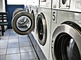 22 ways to reuse dryer sheets: 22 Things, Save Money, Clean, Green Diy, Laundry Detergent, Living Green, Money Save, Tips, Colleges Laundry