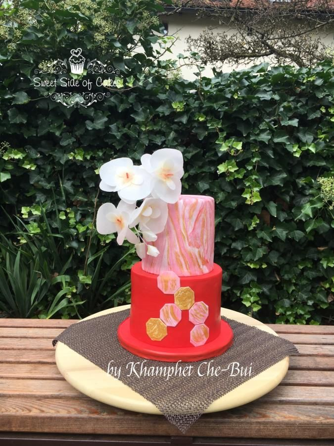 Birthday Cake for my Mom - Cake by Sweet Side of Cakes by Khamphet