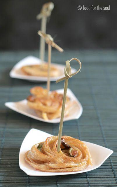 Minifrittate di pasta in finger-food con zucchine e menta | Food for the soul
