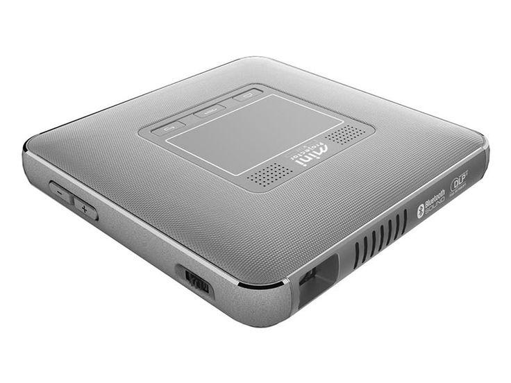 キヤノン、デジカメとWi-Fiで接続できるモバイルプロジェクター