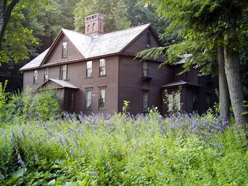 really want to go to louisa may alcott's house.  i, nerd.