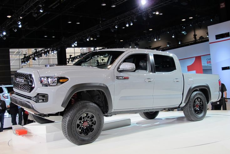 When Toyota overhauled its Tacoma last year, missing from the lineup was the awesome TRD Pro off-roader. This led to concerns that the vehicle wouldn't be returning. It turns out it was only taking a little break as a new Tacoma TRD Pro has just rolled into the 2016 Chicago Auto Show. The...