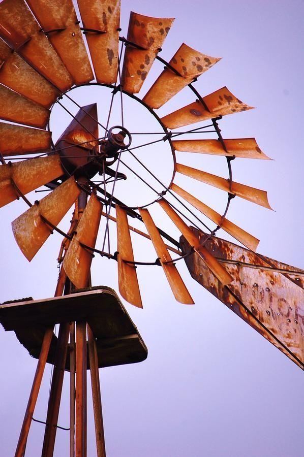 Rusty Old Windmill Farm Windmill Old Windmills Windmill
