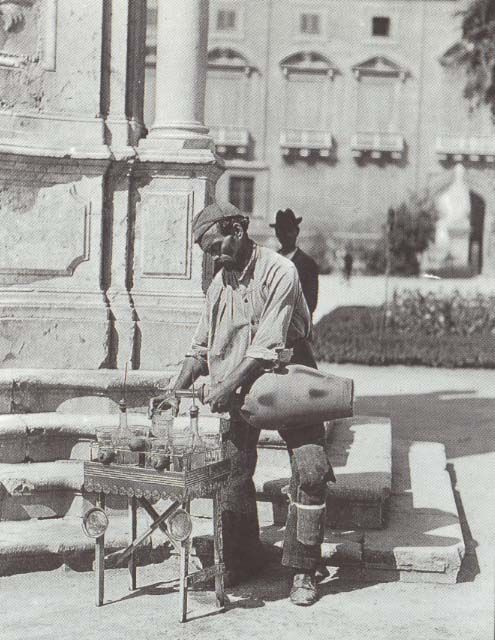 Italy. A water seller, Napoli 1890