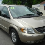 2003 Chrysler Town & Country lennysautosales.com