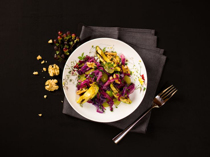 This fresh, heavenly take on red cabbage salad gets its special twist from the savory dressing and the grilled avocado. I love to serve this vegan treat as a light starter.