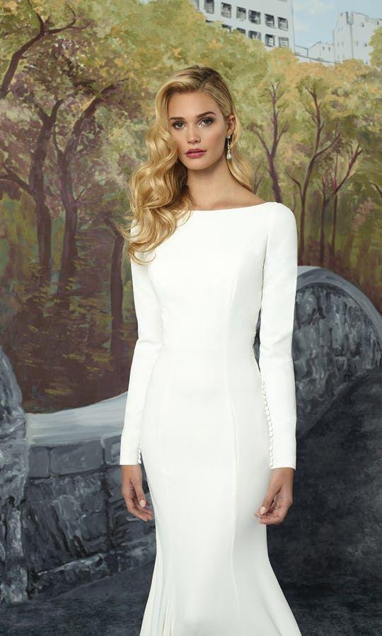 829 besten Long Wedding Dresses Bilder auf Pinterest ...