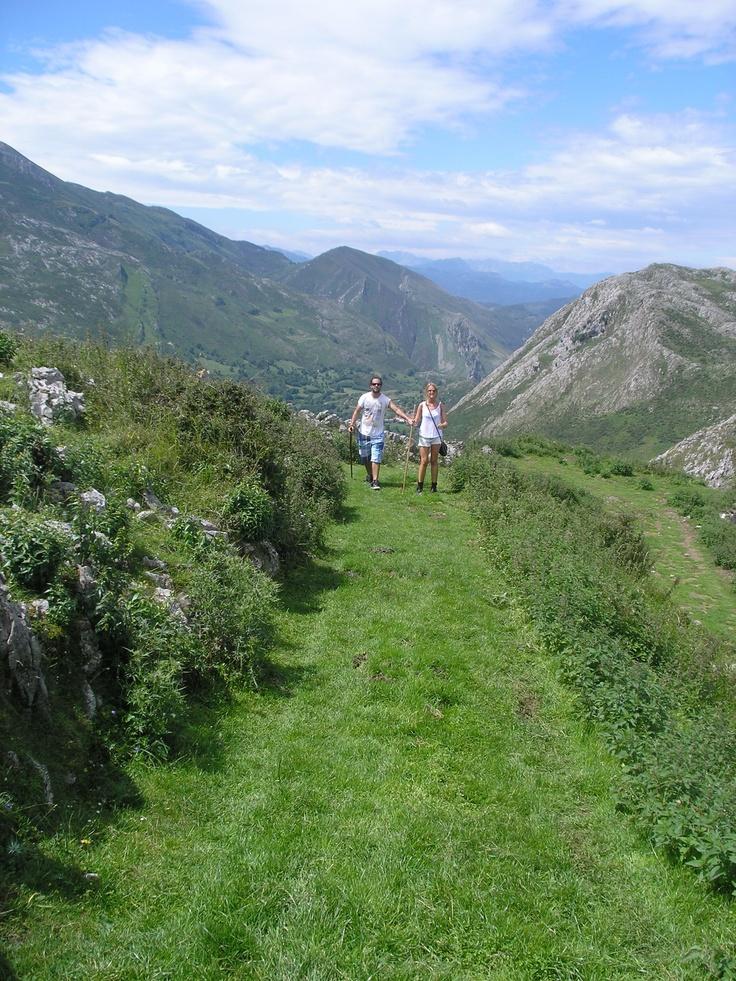 Subida #casetadelenano desde #mazucu #llanes #asturias #spain #peregrinos #caminosantiago