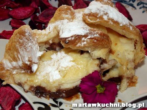 Muffiny z ciasta francuskiego z budyniowym nadzieniem