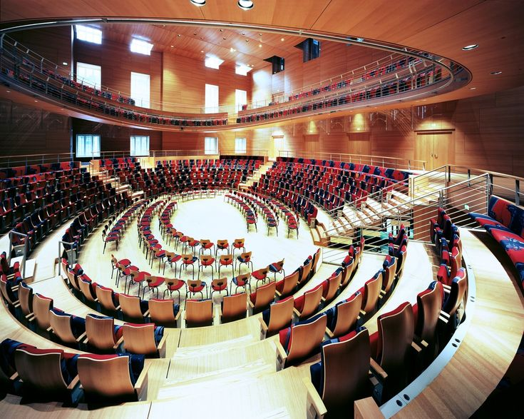 Gallery of Frank Gehry Discusses the Design Behind his Recently Completed Concert Hall in Berlin - 6