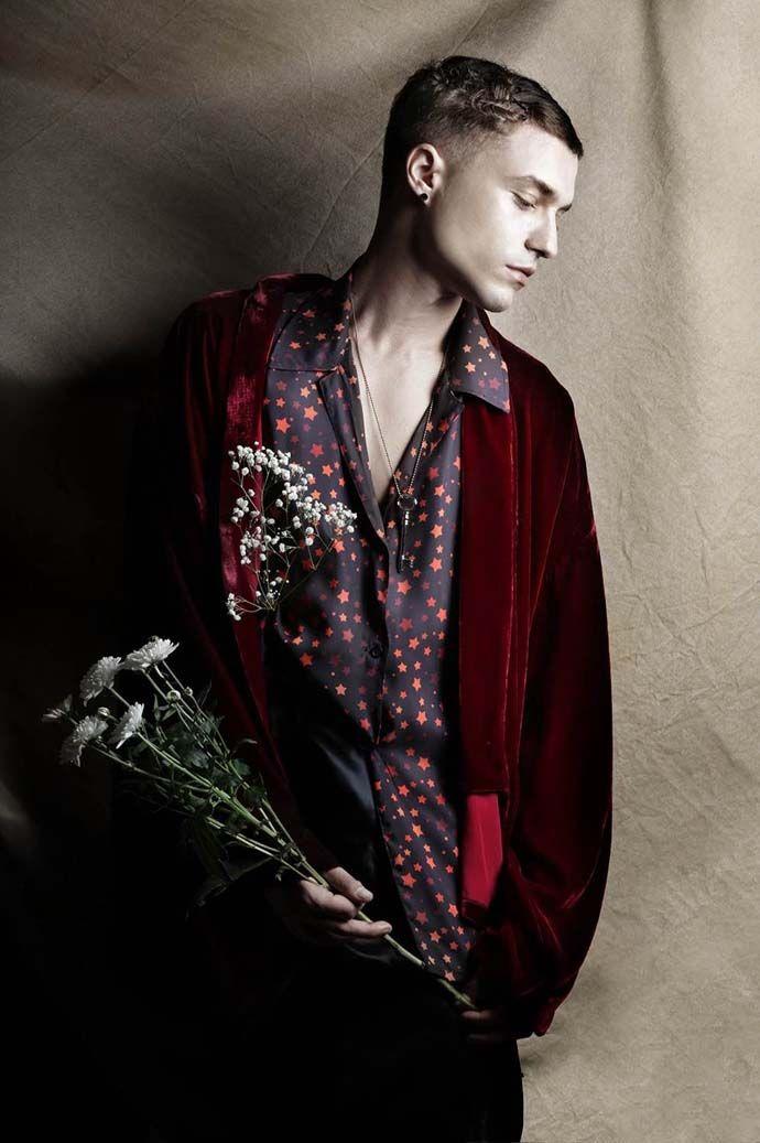 Kimono: Mi-Ro, Shirt: Dimitri Petrou, Pants: Balmain for H&M