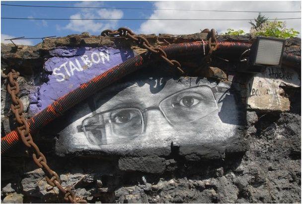 Edward Snowden, Pop Art Icon- street art