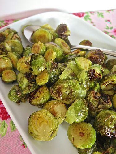 La meilleure recette pour cuisiner les choux de Bruxelles, cest de les faire rôtir ! accompagnements