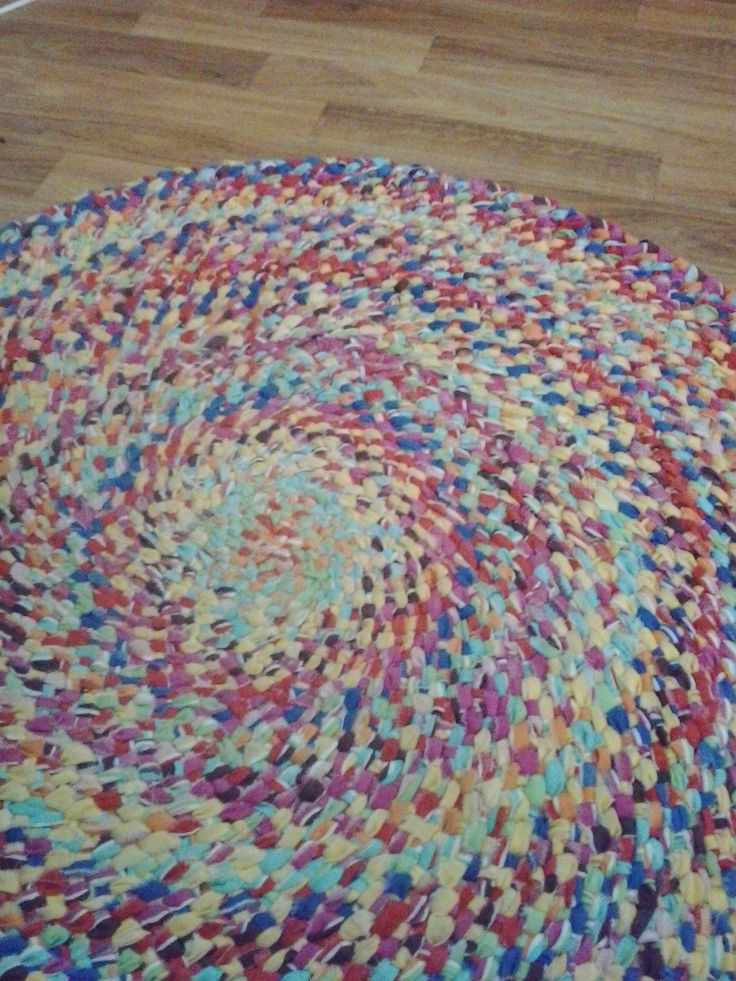 I make indestructible braided rugs no sewing