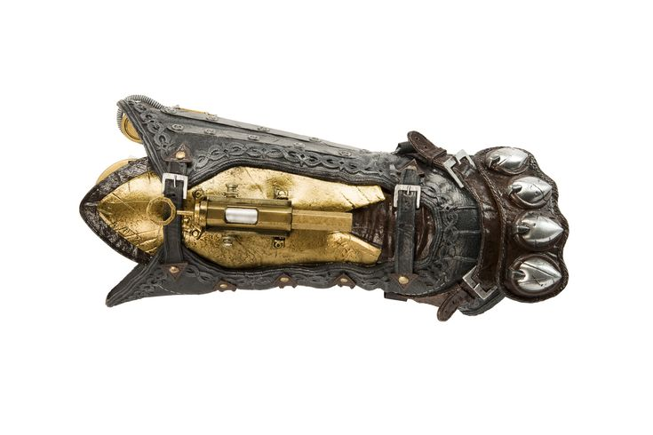 UbiWorkshop Store - Assassin's Creed Syndicate – Assassin's Gauntlet and Hidden Blade , US$59.99 (http://store.ubiworkshop.com/assassins-creed/assassins-creed-syndicate/replicas/assassins-gauntlet-and-hidden-blade/)