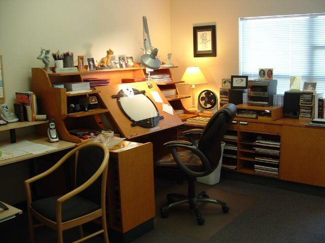 Animation Studio Stuff For Students Purchasing An Desk Or Lightbox