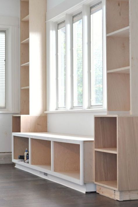 diy window seat and built ins projects started boekenkast bankje doe het