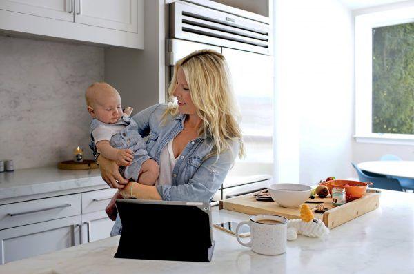 Carta deste marido para sua esposa vai mudar sua maneira de pensar sobre as mães que ficam em casa - Just Real Moms