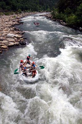 Whitewater rafting adventures, rocky climbing, caving, kayaking tours, and mountain biking by High Country Adventures.  Specializing in whitewater rafting tours of the Upper Ocoee River and Middle Ocoee River in Tennessee for novice and experienced rafters on class I through class VI rapids.