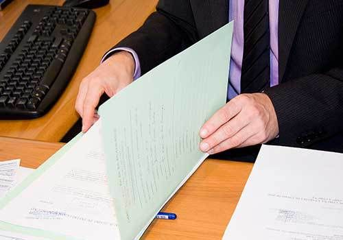 Informes anuales de gestión: mención a cumplimiento de normas sobre derechos de autor « Notas Contador