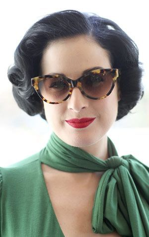 dita von teese hair - Possible T's wedding hairdo...