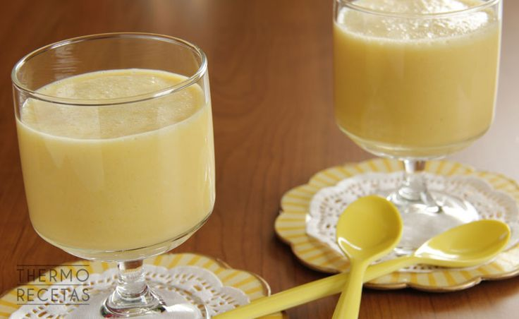 Batido de naranja y plátano - http://www.thermorecetas.com/batido-de-naranja-y-platano/