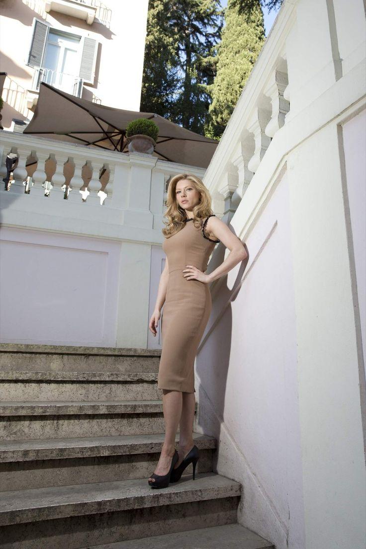Katheryn Winnick She starred in Bones (2010)Katheryn Winnick In Bones