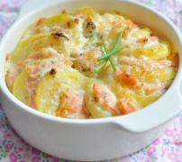 Gratiné de pommes de terre au saumon fumé