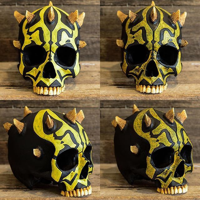 Which do you prefer, left or right?? . Here's is savage oppress x darth maul skull I've been playing around with! What do you think?? I've just made a limited edition pre release for early next year of your looking to get one! Now live at www.jackofthedust.com