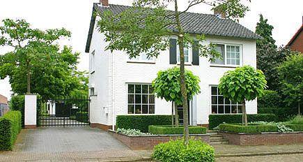 Tuinontwerp - tuinontwerpen   Foto's voorbeelden klassieke tuinarchitectuur pag. 2