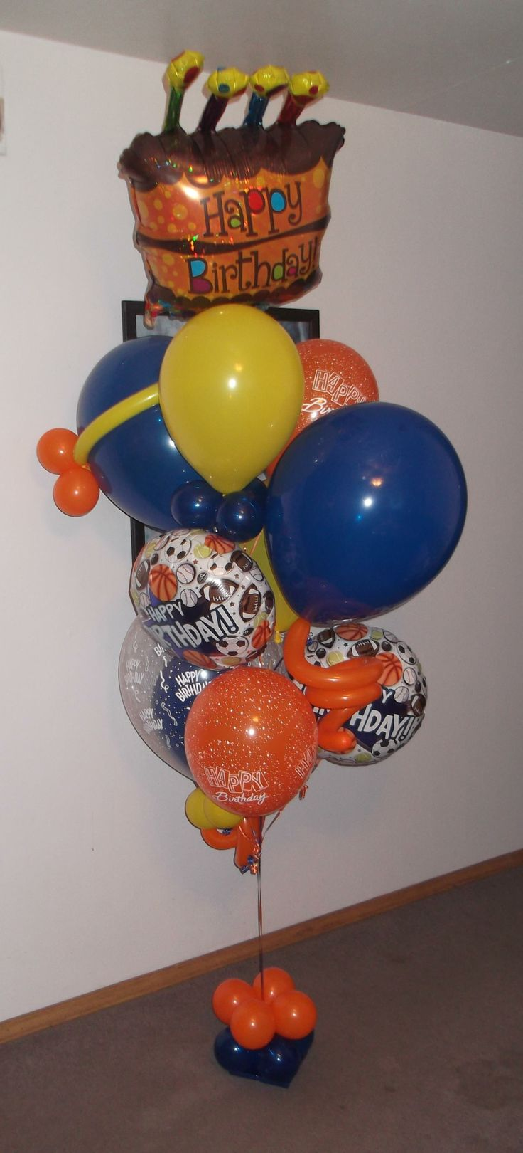 Small happy birthday sports lover balloon bouquet 80