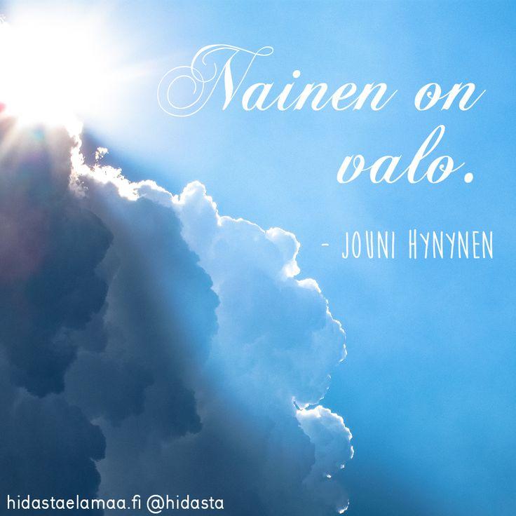 Riippumatta titteleistä tai median luomista rooleista kaiken takana on ihminen. Muusikko ja kirjailija Jouni Hynynen kertoo, mitä eri sanoista tulee hänelle mieleen.