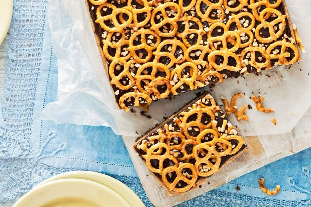 Choc-peanut Pretzel Slice