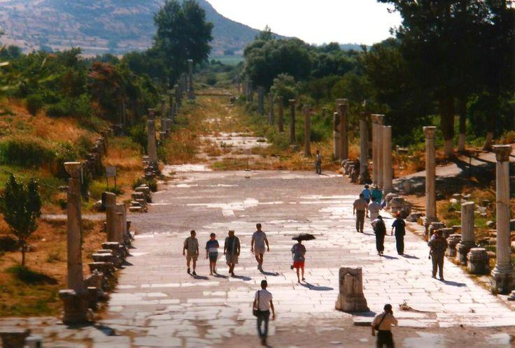 Calzada Éfeso