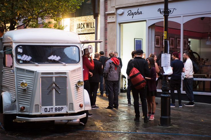 <p>Rapha is pleased to announce that the Cycle Club Manchester is now open. Serving the finest coffee and food alongside a complete gamut of Rapha clothing for road and city.</p>