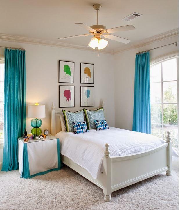 Yine turkuaz perde kullanılarak dekore edilmiş şık bir yatak odası ile karşı karşıyayız. Beyaz ve açık tonlarda kullanılan mobilya ve parçalar üstüne turkuaz perde çok ferah duracakt�