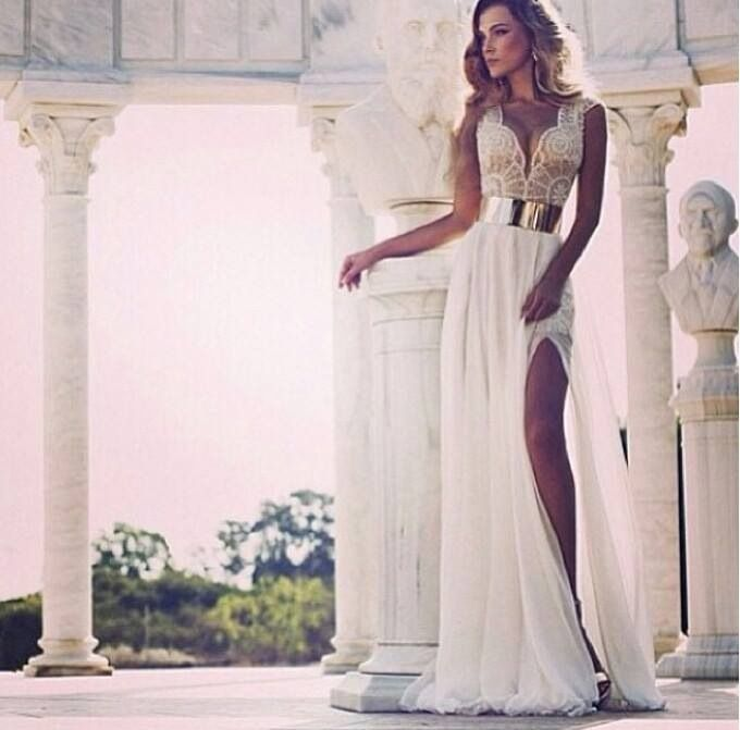 Beautiful gown by Julie Vino