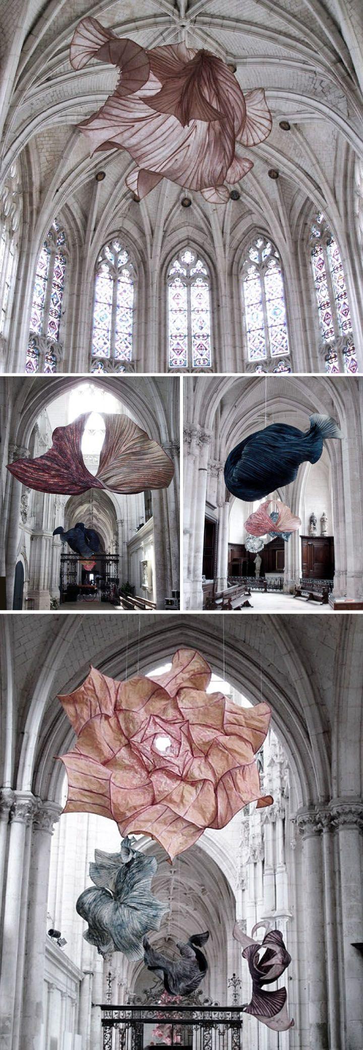 Peter Gentenaar paper & bamboo sculptures hanging ceiling installation fluid movement light air dance fabric