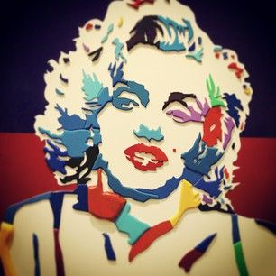 Marilyn monroe like a piece of #art....She continues to be a symbol and a brand all over the world. #marilyn #monroe #marilynmonroe #paiting #brand #communication #pop #popart #actress #hollywood